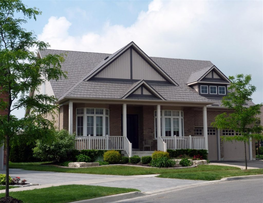 beautiful house | Be Informed Inspections | metal roofing Dallas